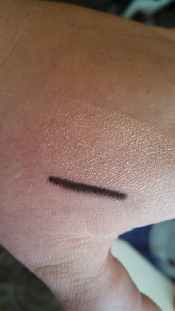 Champagne shadow swatch and Urban Decay Black Velvet pencil